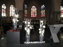 bloemstukken kerk Ardooie 01