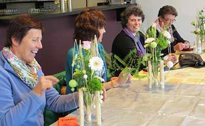 bloemschikken Femma Vladslo Diksmuide feest communie
